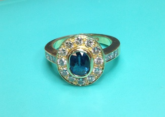 sapphire_and_diamond_ring_-_designed_and_made_for_annette