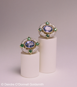 18ct_yellow_gold_tanzanite_emerald_and_diamond_earring