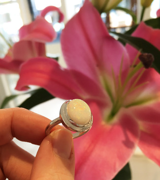 opal_and_18ct_white_gold_ring
