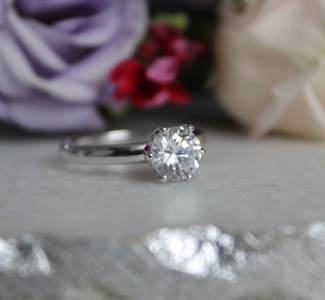 18_carat_white_gold_solitaire_diamond_ring