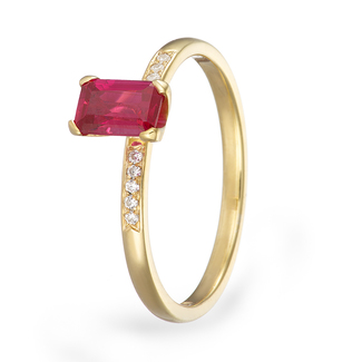 18_carat_yellow_gold_ruby_and_diamond_ring